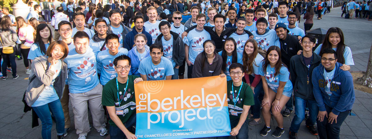 group shot of participants of Berkeley Project Day 2014; 1400+ Berkeley students provided improvement services to the community
